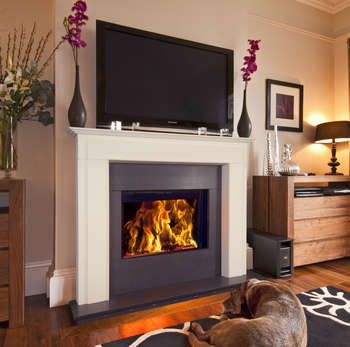 Fondis fireplace - traditional look, modern function