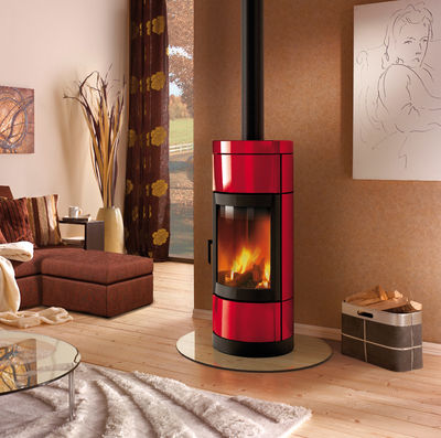 La Nordica Fortuna stove in red