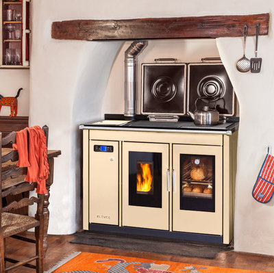 Klover Traditional Smart 120 wood pellet cooker in cream