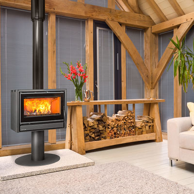 Opus Tempo 70 stove on a pedestal