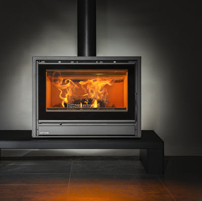 Opus Tempo 80 stove on a bench