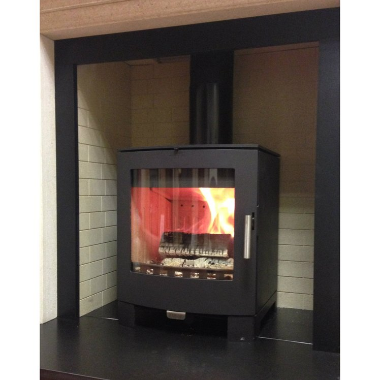 Click to read more about the Aduro 16 woodburning stove
