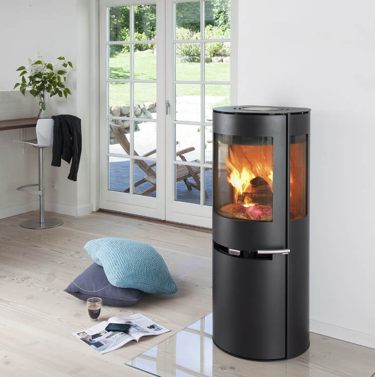 Click to read more about the Aduro 9-5 Woodburning Stove