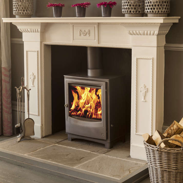 Click to read more about the Arada Farringdon Medium Eco stove