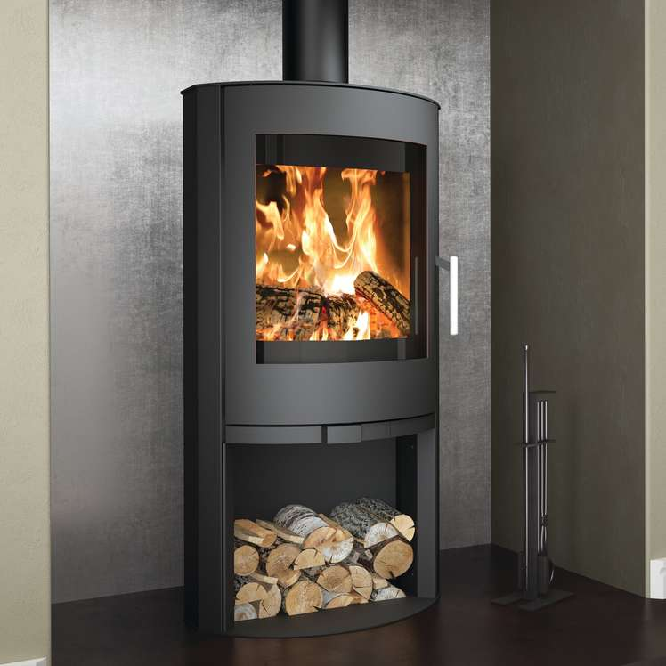 Broseley Flair 8 woodburning stove with logstore