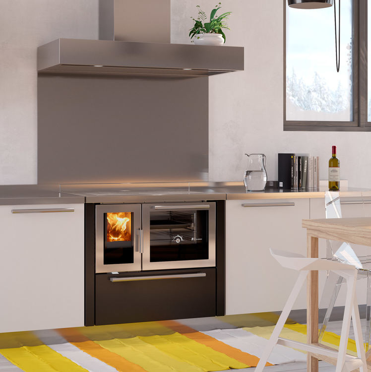 Click to read more about the De Manincor Atmosphera 900 wood cooker stove
