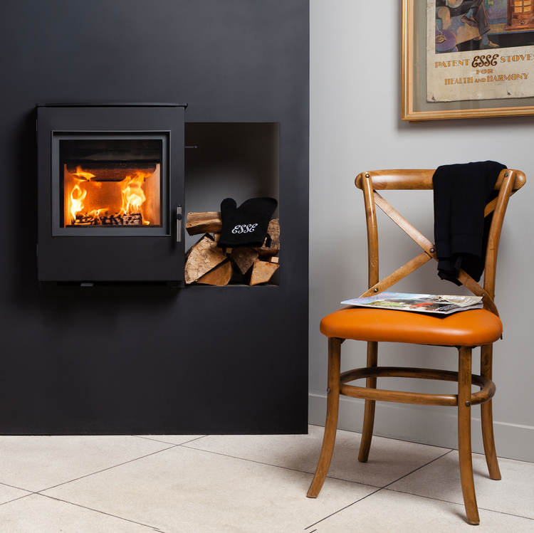 Esse 301 SE Insert stove with black contemporary door