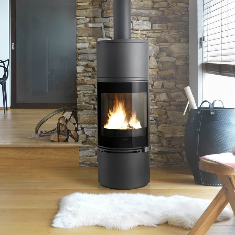 Click to read more about the Invicta Alcor woodburning stove