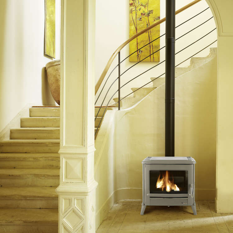 Click to read more about the Invicta Modena wood stove