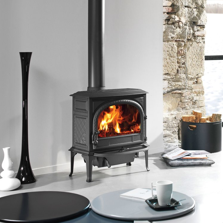 Jotul F 400 woodburning stove