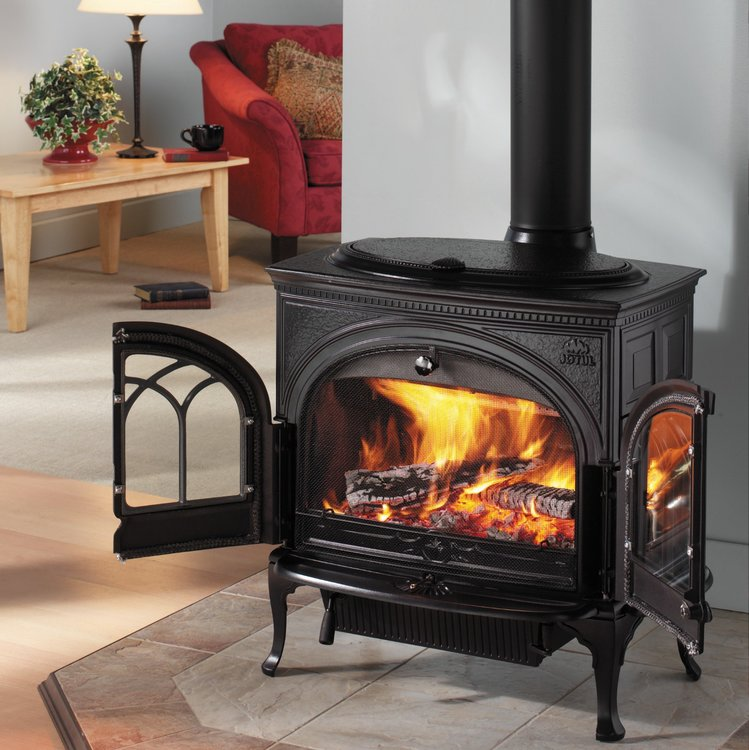 Click to read more about the Jotul F3 TD wood stove