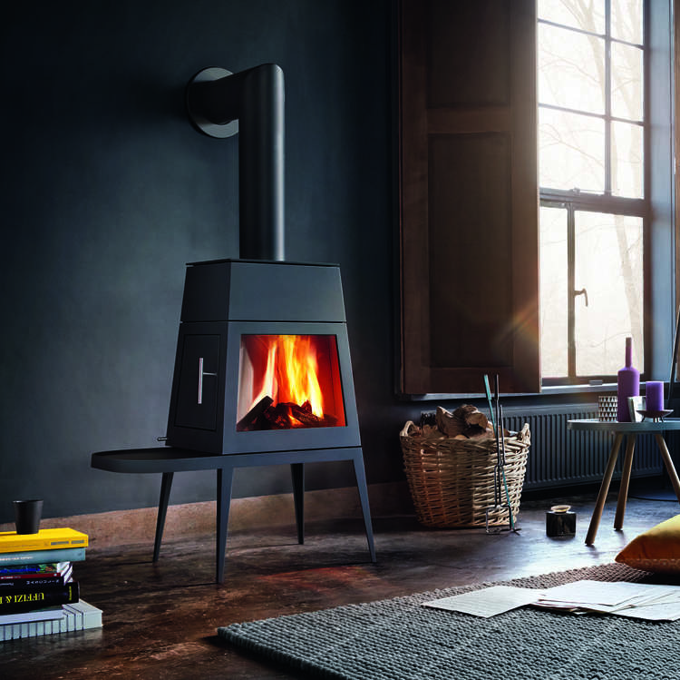 Click to read more about the Skantherm Shaker Stove