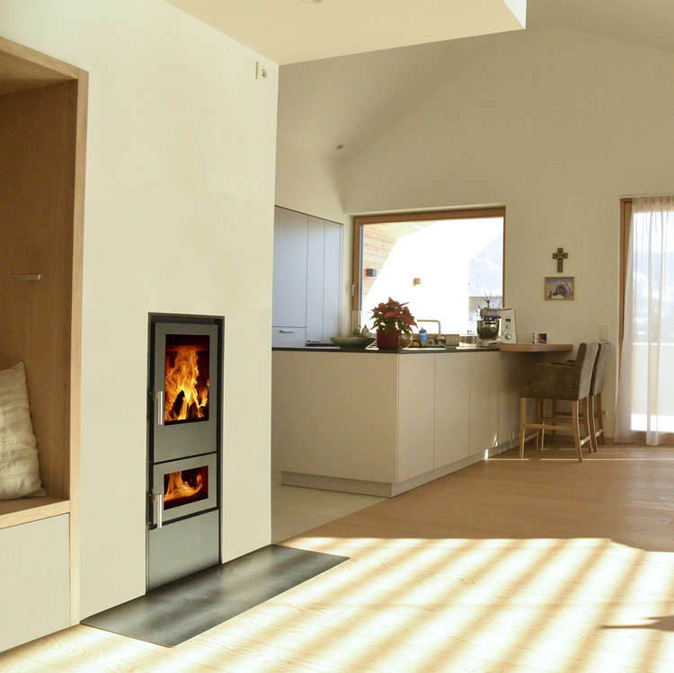 Click to read more about the Walltherm Vajolet insert stove