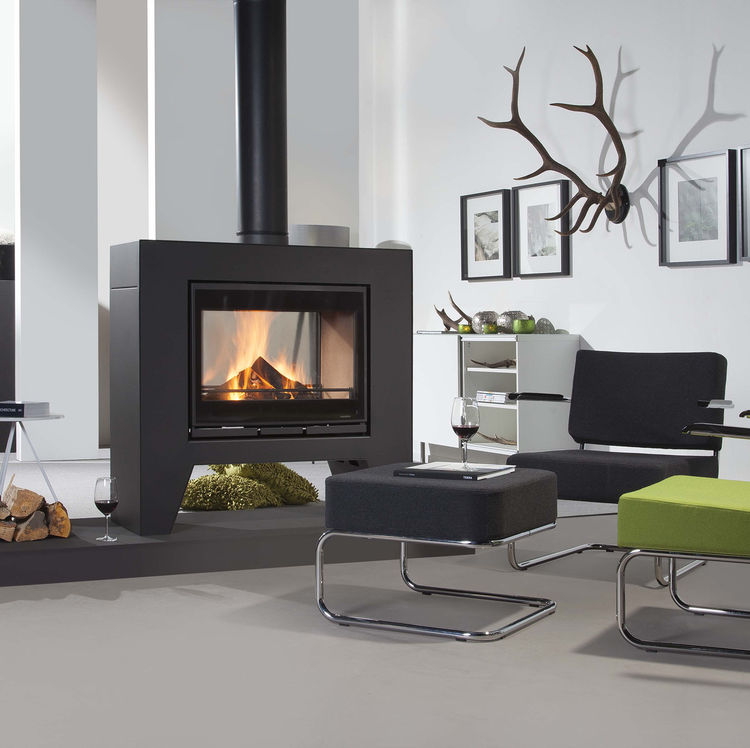 Click to read more about the Wanders Jules double sided woodburning stove